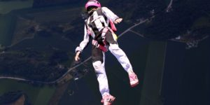 skydiver-700